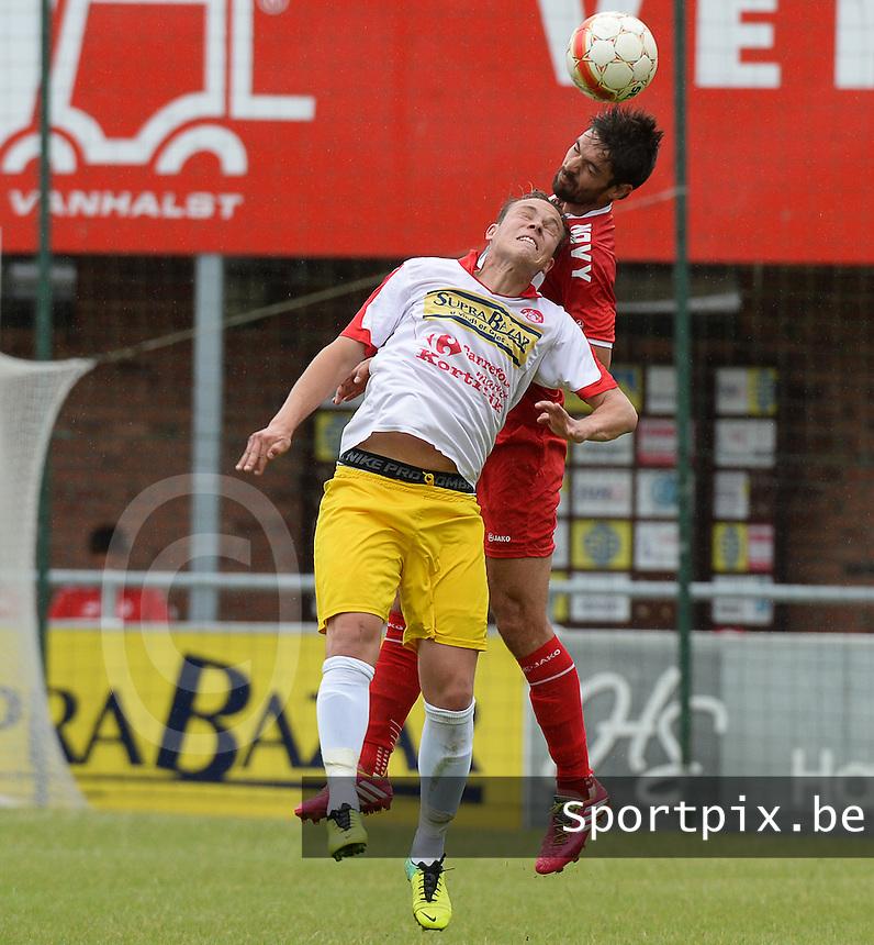FC Gullegem - KV Kortrijk : kopduel tussen Benoit Poulain (r) en Nicolas Gezelle (links)<br /> foto VDB / BART VANDENBROUCKE