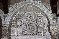 Europe/France/Midi-Pyrénées/46/Lot/Vallée de la Dordogne/Souillac: Portail intérieur de l'église Sainte-Marie - Tympan - Légende du Moine Théophile (XII ème siècle)