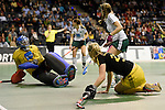 Berlin, Germany, January 31: During the 1. Bundesliga Damen Hallensaison 2014/15 semi-final hockey match between HTC Uhlenhorst Muehlheim (white/green) and Harvestehuder THC (black/yellow) on January 31, 2015 at the Final Four tournament at Max-Schmeling-Halle in Berlin, Germany. Final score 6-5 after penalties (3-1, 3-3, 3-3, 3-3). (Photo by Dirk Markgraf / www.265-images.com) *** Local caption ***