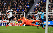 4th November 2017, St James Park, Newcastle upon Tyne, England; EPL Premier League football, Newcastle United Bournemouth; Rob Elliot of Newcastle United saves a header from Marc Pugh of AFC Bournemouth in the second half