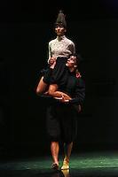 CALI-COLOMBIA-10-NOVIEMBRE-2015. Bienal de Danza internacional Cali 2015.<br />  Compañia Vertigo de Israel en el Teatro Municipal .Photo:VizzorImage /Juan Carlos Quintero / Contribuidor