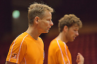 09-09-13,Netherlands, Groningen,  Martini Plaza, Tennis, DavisCup Netherlands-Austria, DavisCup,   Training,   Captain Jan Siemerink (NED) and Robin Haase(R)<br /> Photo: Henk Koster