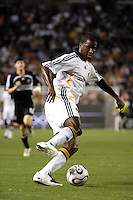 Los Angeles Galaxy forward (14) Edson Buddle against D.C. United at the Home Depot Center in Carson, CA on Wednesday, August 15, 2007. The Los Angeles Galaxy defeated D. C. United 2-0 in a SuperLiga semifinal match..