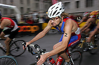 20 AUG 2005 - LAUSANNE, SUI - Tim Don (GBR) - Elite Mens European Triathlon Championships (PHOTO (C) NIGEL FARROW)