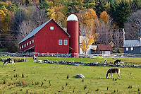 Rustic red barn, Vermont, VT, USA
