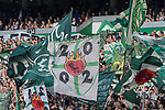 15.04.2018, Weser Stadion, Bremen, GER, 1.FBL, Werder Bremen vs RB Leibzig, im Bild<br /> <br /> <br /> Fans Feature im Stadion<br /> Ostkurve Fahnen Bahner Stimmung Emotionen<br /> <br /> Foto &copy; nordphoto / Kokenge