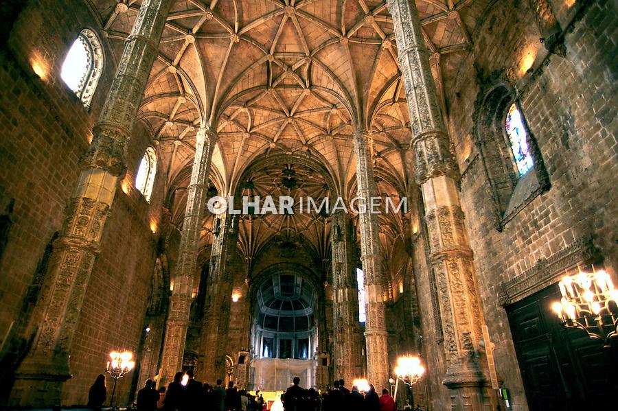 Mosteiro dos Jerónimos, Lisboa. 1999. Portugal. Foto de Juca Martins.