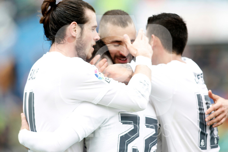 Real Madrid's Gareth Bale, Isco Alarcon, Karim Benzema and James Rodriguez celebrate goal during La Liga match. April 16,2016. (ALTERPHOTOS/Acero)