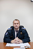 Ein Portrait von Davor Baric, Kommandant der örtlichen Polizei von Neum. Seine Einheit hat ncht viel zu tun, Neum hat nur 500 Einwohner. Im Sommer, wenn 10.000 Touristen pro Nacht in den Ort strämen haben er und seine Kollegen jedoch täglich mit Diebstahl und Parkplatzstreitigkeiten zu tun. /<br /> <br /> A portrait of Mr. Davor Baric, chief of local police of Neum. His unit has not much to do, since the citiy of Neum has only 5000 citizens. During summer, 10.000 tourists per night come to Neum. The police is mostly concerned with thievery and struggles fpr parking places then. , Kommandant der örtlichen Polizei von Neum. Seine Einheit hat ncht viel zu tun, Neum hat nur 500 Einwohner. Im Sommer, wenn 10.000 Touristen pro Nacht in den Ort strämen haben er und seine Kollegen jedoch täglich mit Diebstahl und Parkplatzstreitigkeiten zu tun. /<br /> <br /> A portrait of Mr. Davor Baric, chief of local police of Neum. His unit has not much to do, since the citiy of Neum has only 5000 citizens. During summer, 10.000 tourists per night come to Neum. The police is mostly concerned with thievery and struggles fpr parking places then.<br />