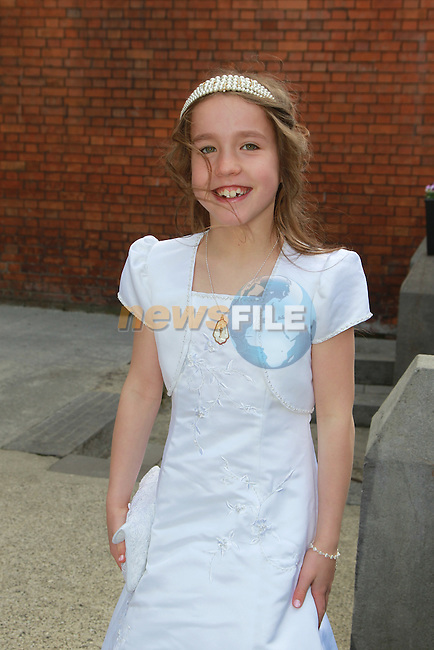 Roisin Kane.at first communion for Gaelscoil an Bhradáin Feasa.Picture  www.newsfile.ie..