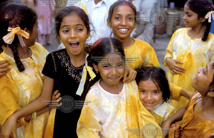 © Jean Leo Dugast / Panos Pictures..Bombay, India..Girls enjoying themselves at a festival in the Colaba district.