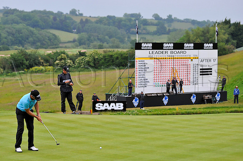 05.06.2011 Day four of the SAAB Wales Open Golf from Celtic Manor. Alexander NOREN (SWE) putts on the 18th green with victory in sight in the fourth and final round on the Twenty Ten course.