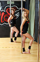Pictured L-R: Tina Lediard and Sian O'Shea. Saturday 22 February 2014<br />