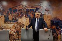 Campobasso: il presidente della Regione Molise Michele Iorio prima di una conferenza stampa