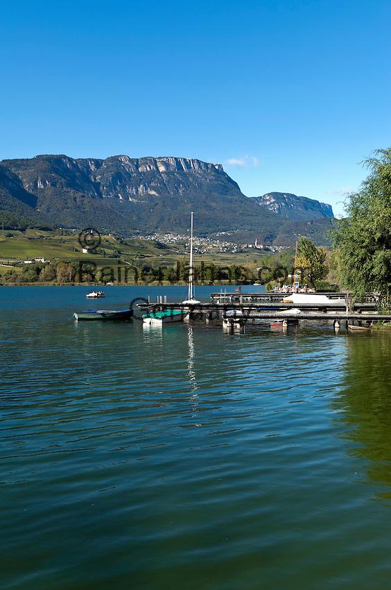 Italien, Suedtirol, Kaltern am Kalterer See, Ortsteil Kreith: der waermste Badesee der Alpen   Italy, Alto Adige - Trentino (South Tyrol), Lago di Caldaro, district Kreith: the warmest swimming lake of the Alps