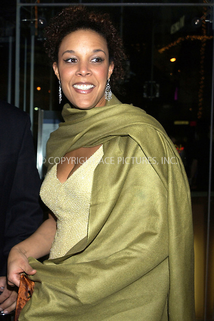 WWW.ACEPIXS.COM . . . . . ....NEW YORK, APRIL 7, 2005....Linda Powell at the opening night of 'On Golden Pond' at the Cort Theater.....Please byline: KRISTIN CALLAHAN - ACE PICTURES.. . . . . . ..Ace Pictures, Inc:  ..Craig Ashby (212) 243-8787..e-mail: picturedesk@acepixs.com..web: http://www.acepixs.com
