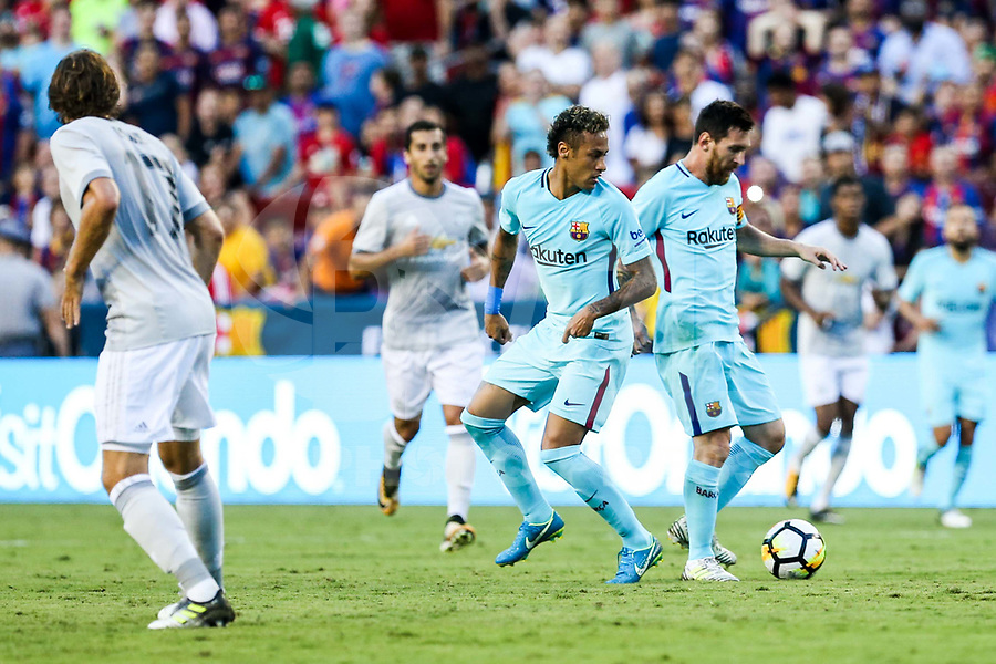 LANDOVER, EUA, 26.07.2017 - BARCELONA-MANCHESTER UNITED -  Neymar e Messi do Barcelona durante partida contra o Manchester United jogo valido pela Internacional Champions Cup no  FedExField, Landover nos Estados Unidos nesta quarta-feira, 26.  (Foto: William Volcov/Brazil Photo Press)