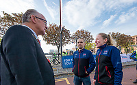 Picture by Allan McKenzie/SWpix.com - 24/09/2017 - Cycling - HSBC UK City Ride Liverpool - Albert Dock, Liverpool, England - Lord Mayor of Liverpool Malcolm Kennedy talks to neil and Lora Fachie.