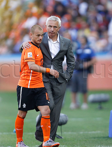 19 06 2010  Netherlands Head Coach Bert van Marwijk r hugs His Player Wesley Sneijder After The 2010 World Cup Group E Soccer Match Against Japan AT Moses Mabhida Stage in Durban South Africa ON June 19 2010 Netherlands Won The Match 1 0