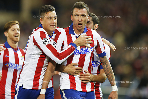 Atletico de Madrid team group (Atletico), NOVEMBER 26, 2014 - Football / Soccer : Atletico de Madrid team group celebrate after Mandzukic's goal on UEFA Champions League Group A match between Club Atletico de Madrid 4-0 Olympiacos FC at the Vicente Calderon Stadium in Madrid, Spain. (Photo by Mutsu Kawamori/AFLO) [3604