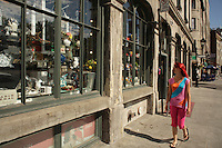 Montreal quebec CANADA - july 02, 2012 - MODEL RELEASED ILLUSTRATION -Walking in OLd-Port
