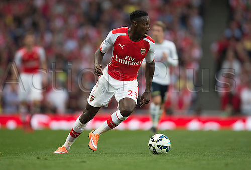 27.09.2014.  London, England. Barclays Premier League. Arsenal versus Tottenham Hotspur. Arsenal's Danny Wellbeck turns with the ball.