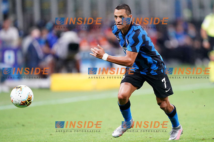 Alexis Sanchez of FC Internazionale in action during the Serie A football match between FC Internazionale and SSC Napoli at San Siro stadium in Milano (Italy), July 28th, 2020. Play resumes behind closed doors following the outbreak of the coronavirus disease. Photo Marco Canoniero / Insidefoto