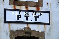 Europe/France/Bretagne/29/Finistère/Ile de Sein: Enseigne du bureau de Poste