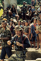Apocalypse Now (1979)<br /> Dennis Hopper<br /> *Filmstill - Editorial Use Only*<br /> CAP/KFS<br /> Image supplied by Capital Pictures