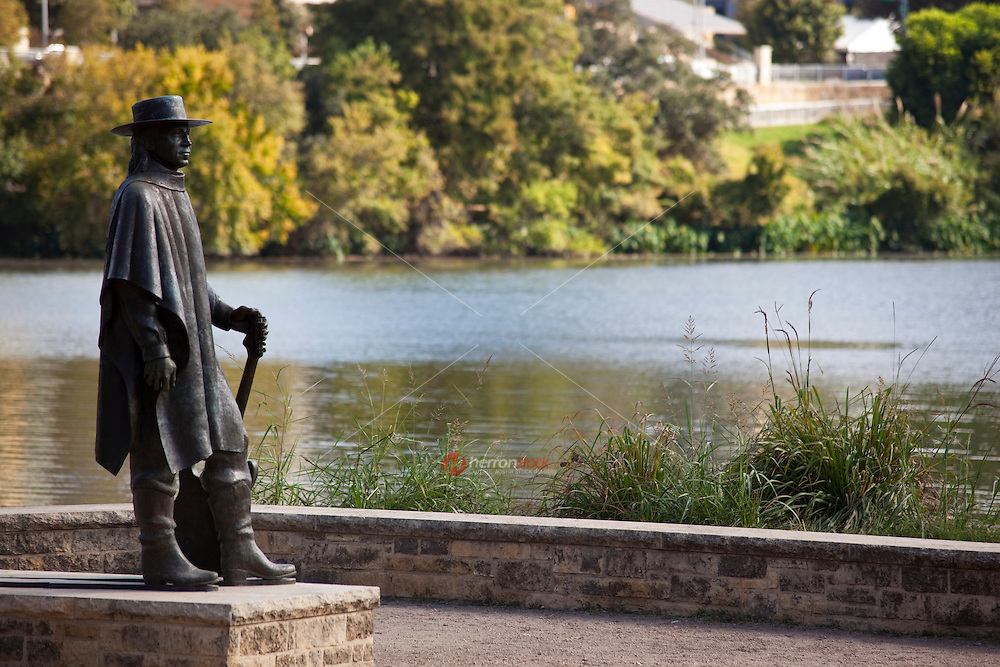 Stevie Ray Vaughan Statue welcomes visitors to the Lake Austin Hike and Bike Trail on Auditorium Shores, Austin, Texas, USA.