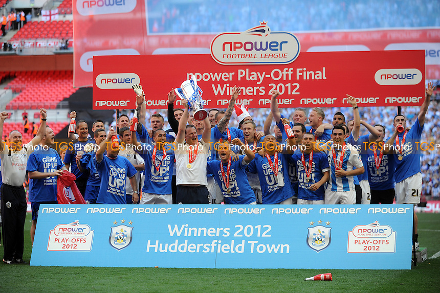 Huddersfield Town celebrate promotion - Huddersfield Town vs Sheffield United - nPower League One Promotion Play-Off Final at Wembley Stadium, London - 26/05/12 - MANDATORY CREDIT: Anne-Marie Sanderson/TGSPHOTO - Self billing applies where appropriate - 0845 094 6026 - contact@tgsphoto.co.uk - NO UNPAID USE.