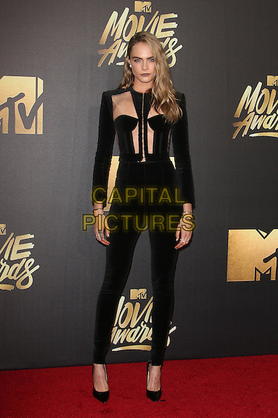 Burbank, CA - April 09 Cara Delevingne Attending 25th Annual MTV Movie Awards at Warner Brothers Studios On April 09, 2016. <br /> CAP/ADM/FS<br /> &copy;FS/ADM/Capital Pictures