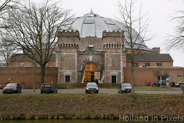 Nederland  Breda 2016. De Koepel, ook wel bekend als De Boschpoort gevangenis werd in 1886 opgeleverd. In 2017 krijgt de Koepel een nieuwe bestemming in de vorm van FutureDome. Toegang. Foto Berlinda van Dam / Hollandse Hoogte