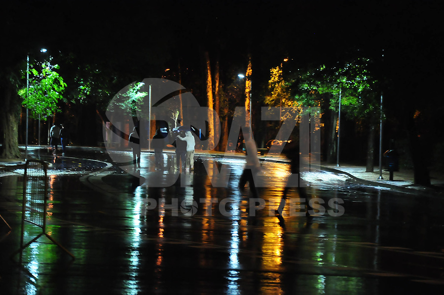 SÃO PAULO - SP 15 DE MAIO DE 2011. CLIMA TEMPO. Região do parque do ibirapuera .