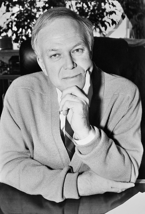 Portrait of Sen. Bob Packwood, R-Ore. 1998 (Photo by Laura Patterson/CQ Roll Call)