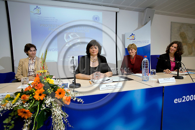 BRUSSELS - BELGIUM - 07 APRIL 2008 --  WORLD HEALTH DAY 2008 -- From left: Isabel de la MATA BARRANCO, Principal Advisor DG of Health & Comsumer Protection, Dr. Nata MENABDE, Deputy Regional Director World Health Organization, Regional Office for Europe, Marija SELJAK, Director General for Public Health Ministry of Health of the Republic of Slovenia and Genon K. JENSEN, Excutive Director Health & Environment Alliance, during the conference on Protecting Health from Climate Change. Photo: Erik Luntang/EUP-IMAGES