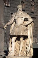 Europe/France/Aquitaine/64/Pyrénées-Atlantiques/Pau: Le château - Détail de la statue d'Henri IV