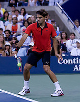 Roger Federer (SUI) (1) against Novak Djokovic (SRB) (4) against in the Semifinals. Federer beat Djokovic 7-6 7-5 7-5..International Tennis - US Open - Day 14  Sun 13 Sep 2009 - USTA Billie Jean King National Tennis Center - Flushing - New York - USA ..© Frey Images, Barry House, 20-22 Worple Road, London, SW19 4DH.Tel - +44 20 8947 0100.Cell - +44 7843 383 012.Email - mfrey@advantagemedianet.com