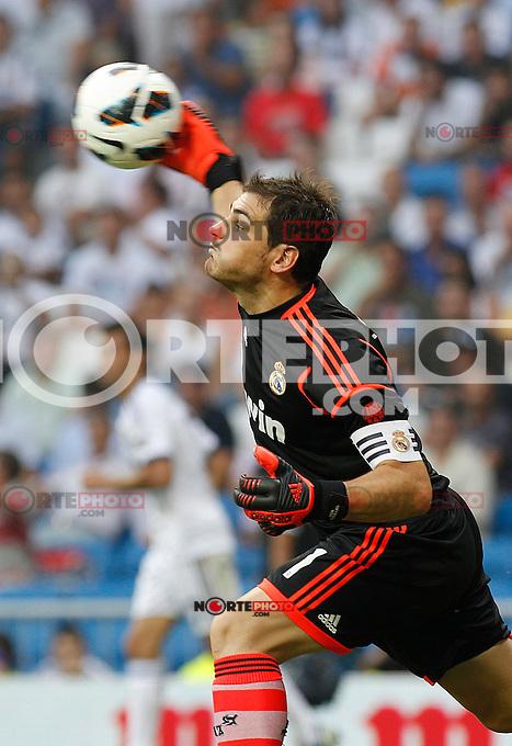 Madrid (19/08/2012).- Estadio Santiago Bernabeu..Campeonato Nacional de   Liga, jornada1&ordf;.Real Madrid- Valencia c.f..Iker Casillas...Photo: Alex Cid-Fuentes / ALFAQUI.. /NortePhoto.com <br /> <br /> **CREDITO*OBLIGATORIO** *No*Venta*A*Terceros*<br /> *No*Sale*So*third* ***No*Se*Permite*Hacer Archivo***No*Sale*So*third*