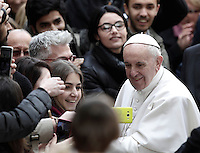 Pope Francis is welcomed by students and professors as he arrives to attend a meeting at Roma Tre University in Rome, on February 17, 2017.<br /> UPDATE IMAGES PRESS/Isabella Bonotto-POOL<br /> <br /> STRICTLY ONLY FOR EDITORIAL USE