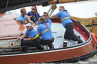 ZEILEN: FRYSLÂN: 2014, SKS skûtsjesilen, skûtsje Oeral Thús, Joure, schipper Dirk Jan Reijenga, ©foto Martin de Jong