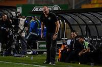 SÃO PAULO, SP, 03 DE SETEMBRO DE 2013 - CAMPEONATO BRASILEIRO SÉRIE B - PALMEIRAS x CHAPECOENSE: Técnico Gilmar Dal Pozzo durante partida Palmeiras x Chapecoense, válida pela 19ª rodada do Campeonato Brasileiro 2013 Série B, disputada no estádio do Pacaembu em São Paulo. FOTO: LEVI BIANCO - BRAZIL PHOTO PRESS.