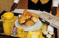 """Amérique/Amérique du Nord/USA/Etats-Unis/Vallée du Delaware/Pennsylvanie/Philadelphie : Service du petit déjeuner au """"Sofitel Philadelphia"""" - 120 St, 17th St"""