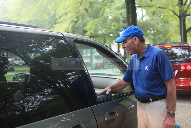 President Capilouto greets families as students move in on Friday, August 23, 2013. Photo by Emily Wuetcher | Staff