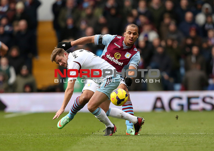 West Ham United's George McCartney battles with Aston Villa's Gabriel Agbonlahor -  08/02/2014 - SPORT - FOOTBALL - Birmingham - Villa Park - Aston Villa v West Ham United - Barclays Premier League<br /> Foto nph / Meredith<br /> <br /> ***** OUT OF UK *****