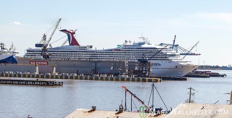 Carnival Triumph Cruise Arrives In Mobile Alabama USA Mark - Cruise ship mobile alabama