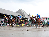 Alpha, far right, at the break in the Jim Dandy