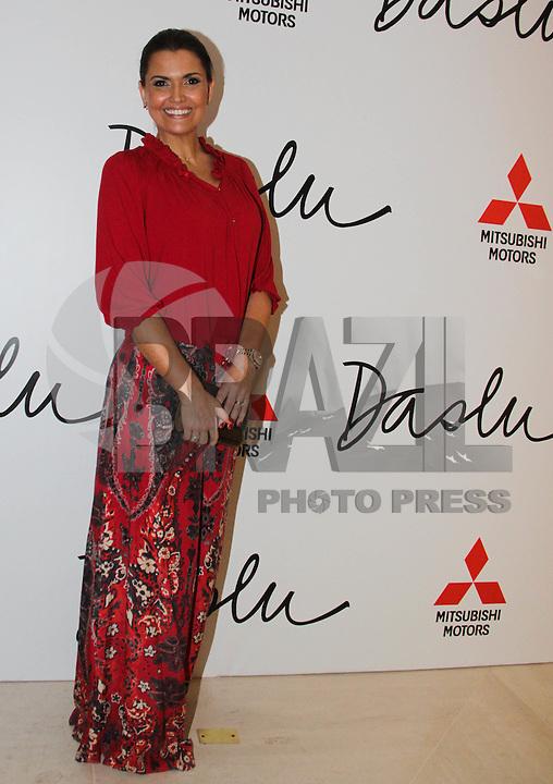 SAO PAULO, SP, 07 DE FEVEREIRO 2012. A atriz Karina Perez, na inauguracao da loja Daslu,, no shopping Cidade Jardim, regiao sul de SP, na noite desta terca-feira, 07. (FOTO: MILENE CARDOSO - NEWS FREE)