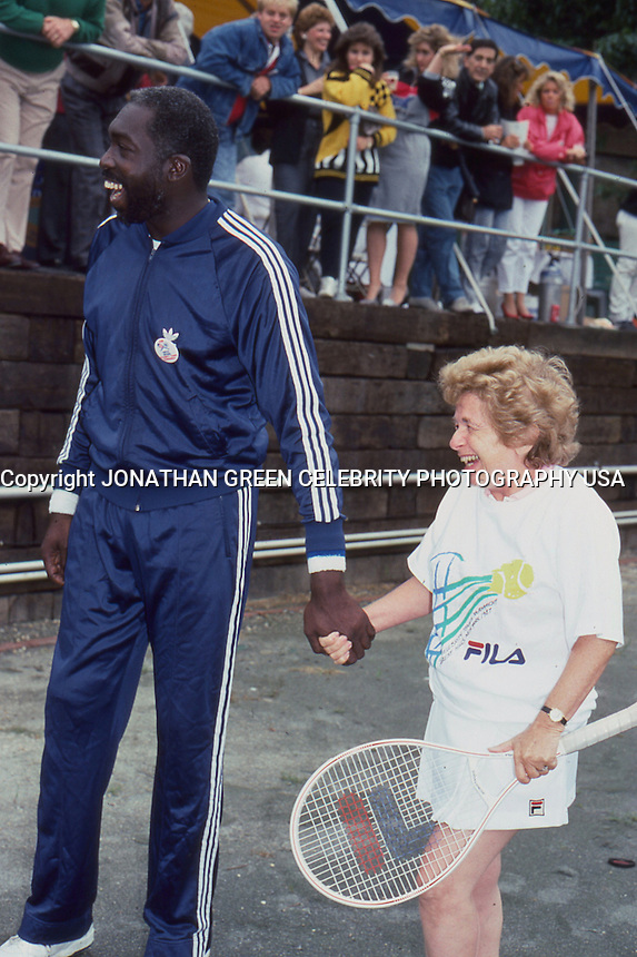 Earl Monroe & Dr. Ruth Westheimer 1987 by <br />