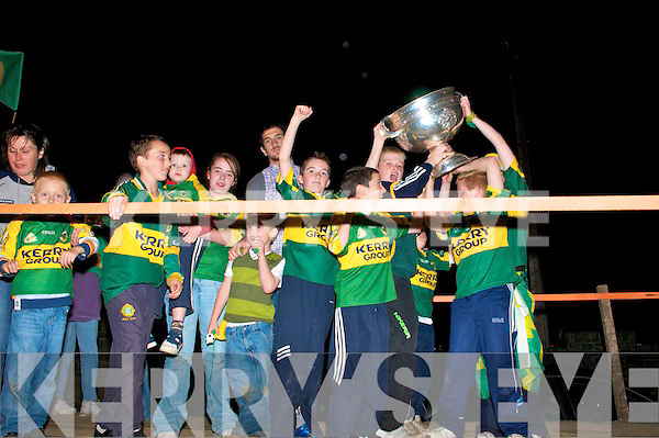 The Kerry Team visit Ballinclogher with the Sam Maguire after thrir victory over Cork in the All Ireland Final.